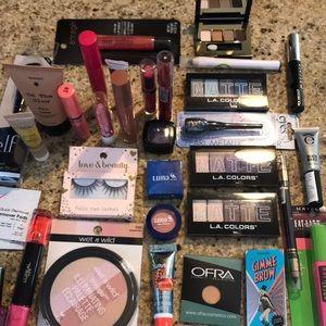 Huge lot of makeup-around 30 pcs-all new!